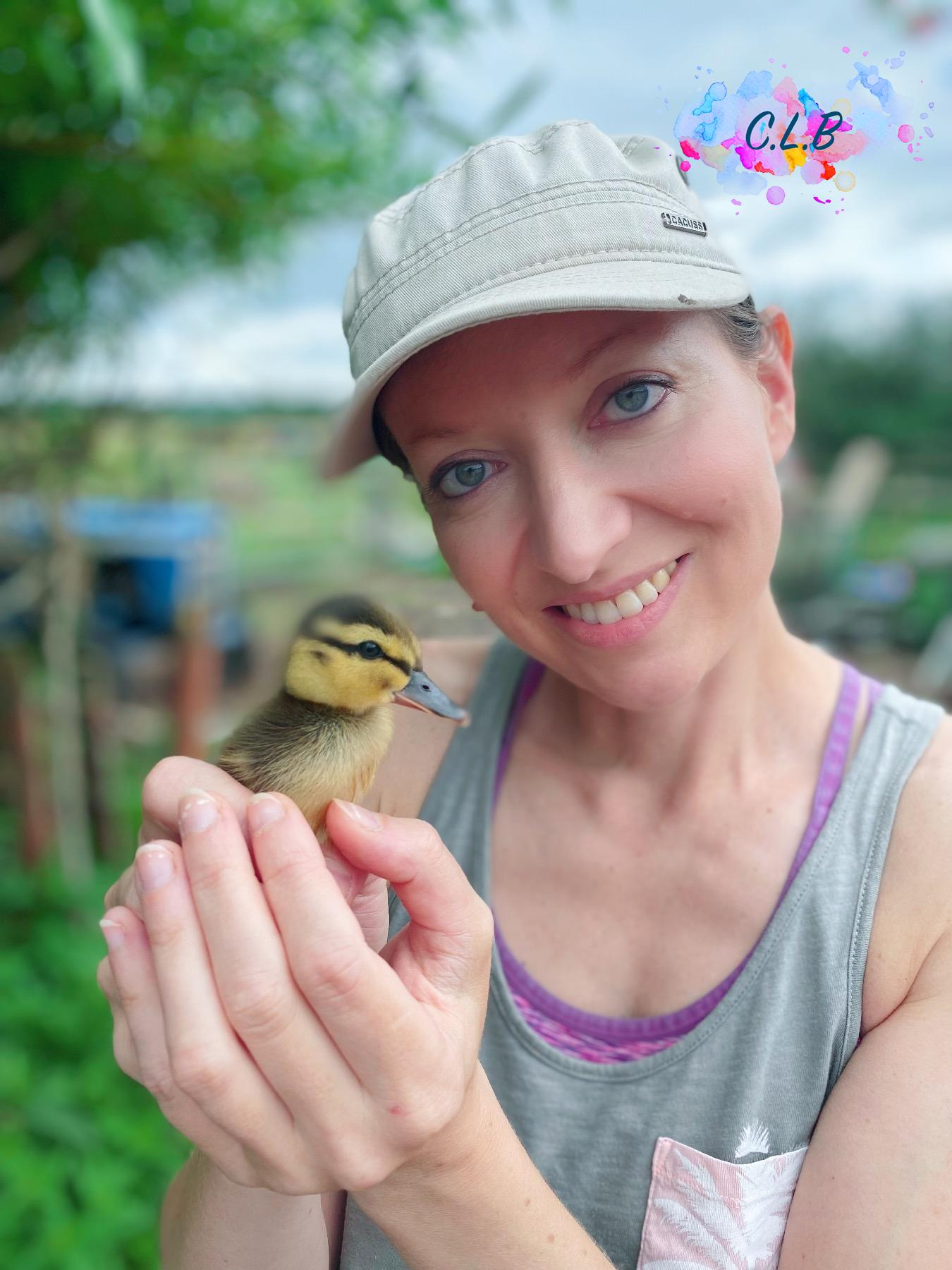 Caroline-and-Turbo-the-little-rescue-duckling